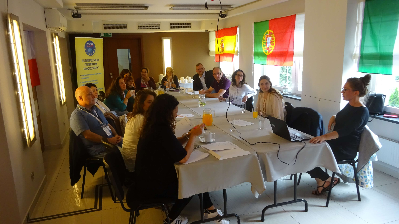 Golden Links Bringing inclusion to multicutural teaching. ERASMUS +